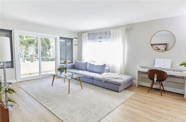 1187 E 3rd Street #116, Long Beach, CA 90802 (#OC20128120) :: Z Team OC Real Estate