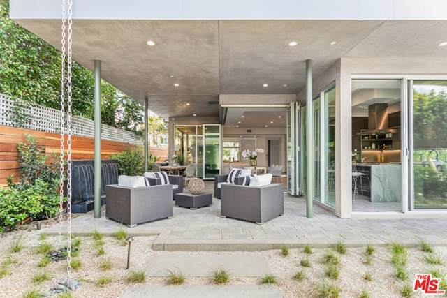 8945 Ashcroft Avenue, West Hollywood, CA 90048 (#20598754) :: The Marelly Group | Compass