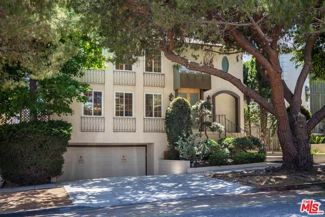 944 17Th Street #1, Santa Monica, CA 90403 (#20597960) :: Doherty Real Estate Group