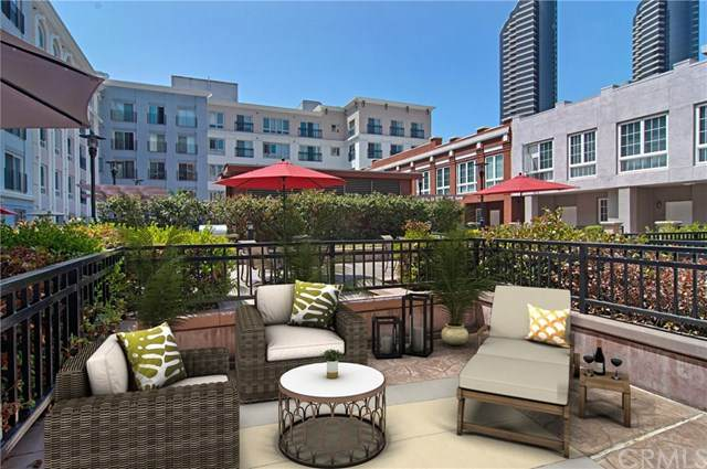 445 Island Avenue #306, San Diego, CA 92101 (#OC20129063) :: The Houston Team | Compass