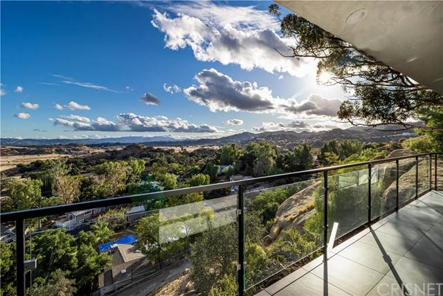 23532 Ehlers Drive, Chatsworth, CA 91311 (#SR20129276) :: Allison James Estates and Homes