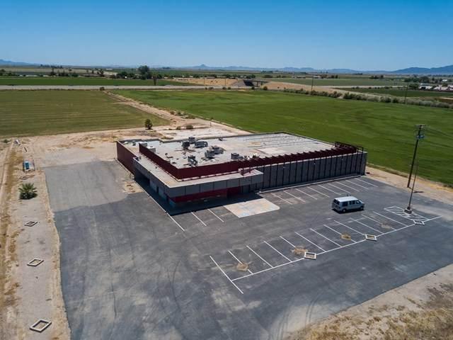 1790 Hobsonway, Blythe, CA 92225 (#219045435DA) :: The Laffins Real Estate Team