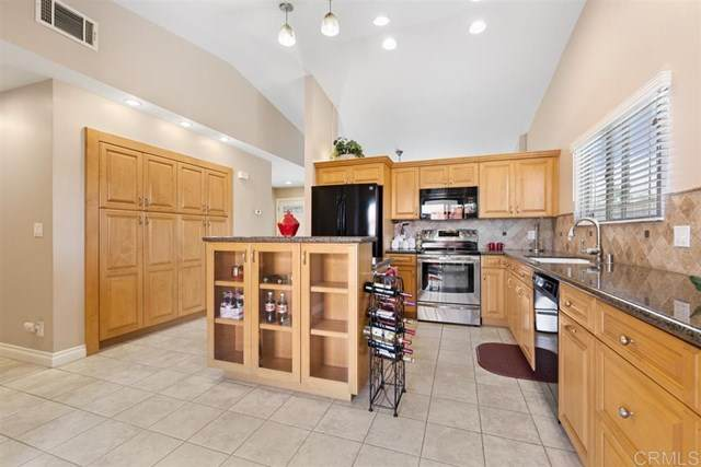 531 Kaile, Escondido, CA 92027 (#200030698) :: Sperry Residential Group