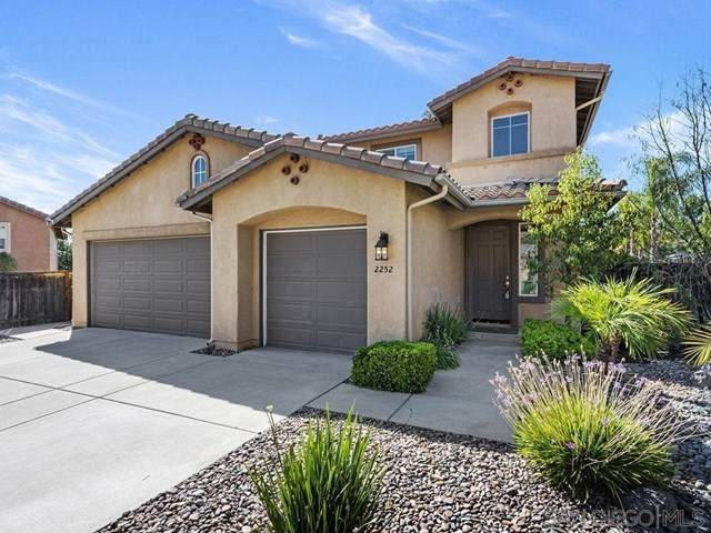 2252 Marquand Ct, Alpine, CA 91901 (#200030745) :: A G Amaya Group Real Estate