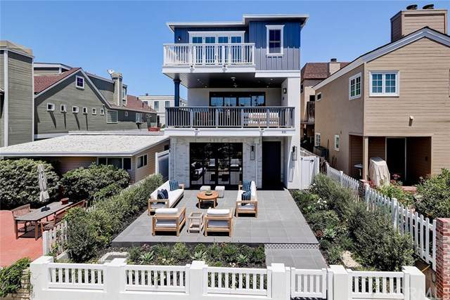 501 8th Street, Manhattan Beach, CA 90266 (#SB20129717) :: Twiss Realty
