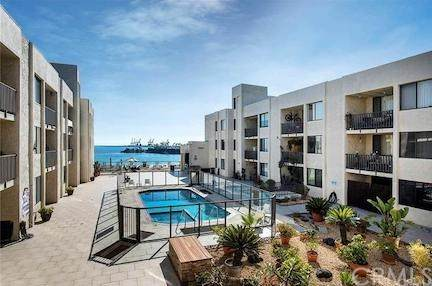 1140 E Ocean Boulevard #105, Long Beach, CA 90802 (#OC20129680) :: Brandon Hobbs Group
