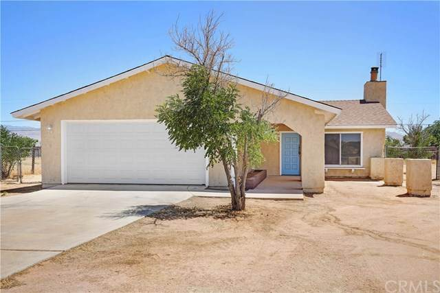 22725 Powhatan Road, Apple Valley, CA 92308 (#SW20129842) :: A|G Amaya Group Real Estate