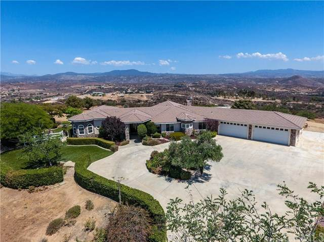 39845 Spanish Oaks Drive, Temecula, CA 92592 (#SW20129912) :: Realty ONE Group Empire