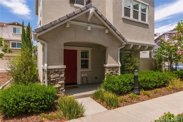 9135 Foster Lane, Chatsworth, CA 91311 (#SR20129689) :: Allison James Estates and Homes