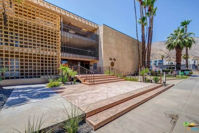 277 E Alejo Road #206, Palm Springs, CA 92262 (#20594680) :: Arzuman Brothers