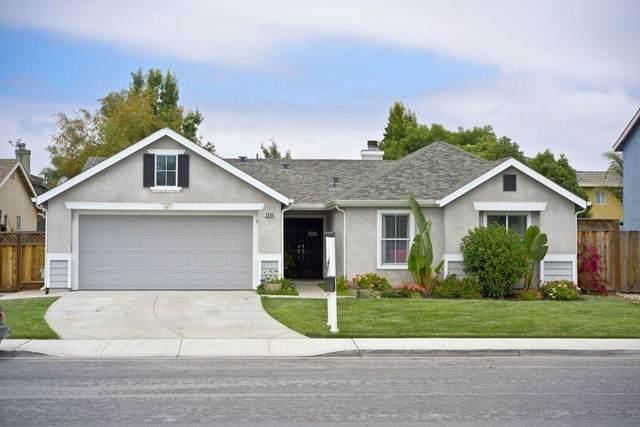 2030 Carousel Drive, Hollister, CA 95023 (#ML81796599) :: Twiss Realty