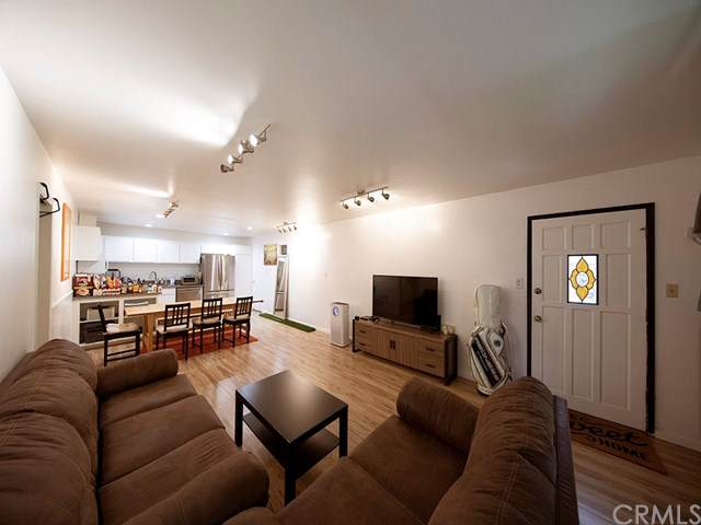 12014 Kling Street #1, Valley Village, CA 91607 (#DW20126153) :: Realty ONE Group Empire