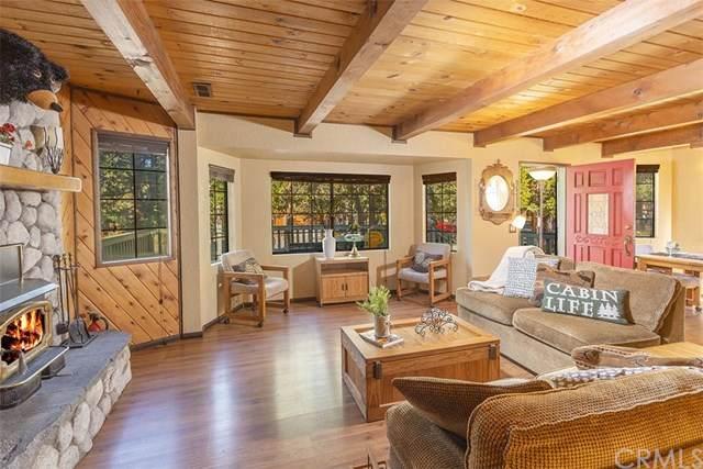 1073 Pinon Lane, Big Bear, CA 92314 (#EV20127713) :: A G Amaya Group Real Estate