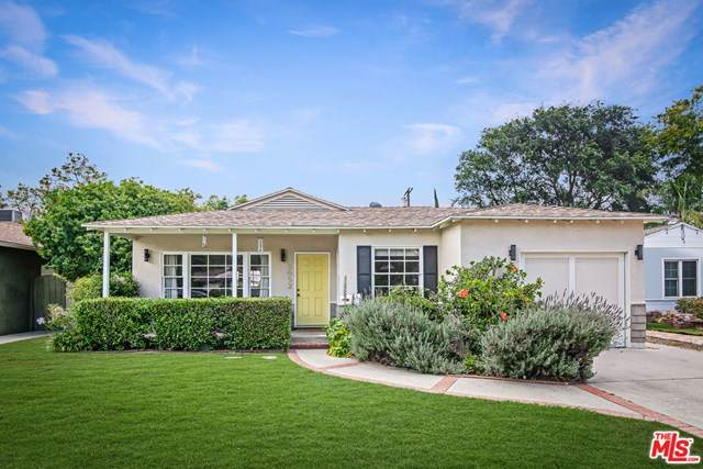 5652 Lemona Avenue, Sherman Oaks, CA 91411 (#20599594) :: Pam Spadafore & Associates
