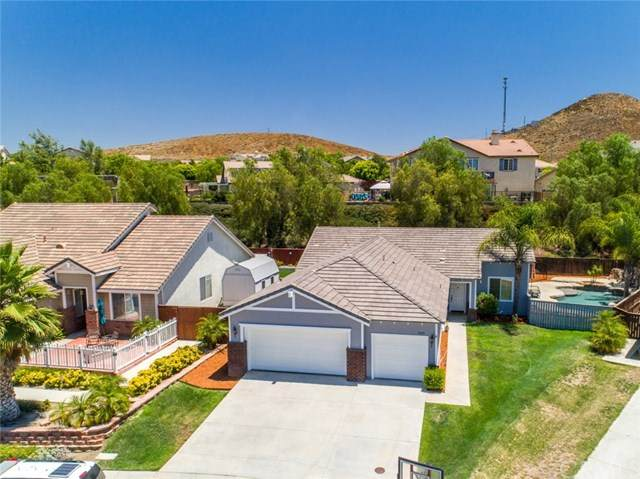 31670 Millcreek Drive, Menifee, CA 92584 (#SW20130583) :: Allison James Estates and Homes