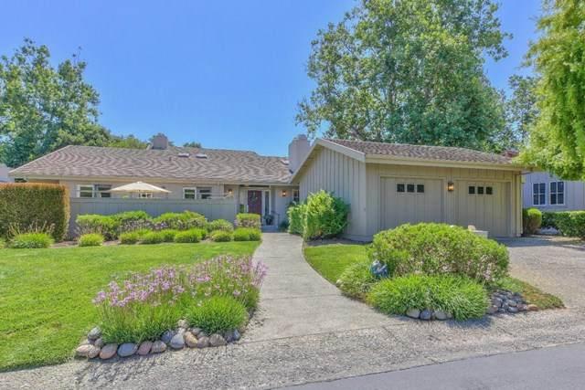 25381 Markham Lane, Salinas, CA 93908 (#ML81799544) :: Compass