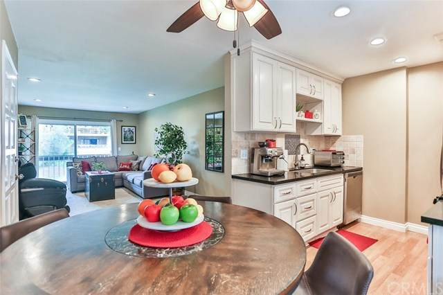 6600 Warner Avenue #236, Huntington Beach, CA 92647 (#OC20130647) :: Sperry Residential Group