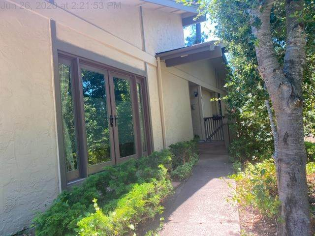 1360 Josselyn Canyon Road #35, Monterey, CA 93940 (#ML81799556) :: Bob Kelly Team