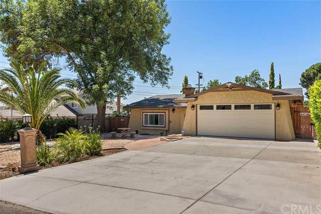 3151 Floral Avenue, Riverside, CA 92507 (#IV20130813) :: RE/MAX Empire Properties