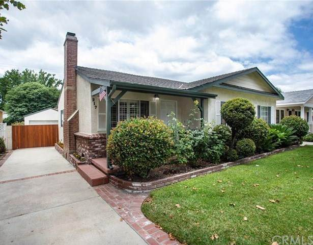 217 N Griffith Park Drive, Burbank, CA 91506 (#BB20130811) :: The Laffins Real Estate Team