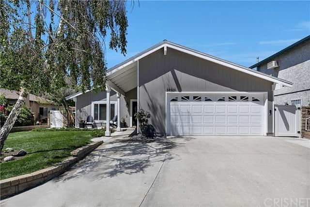25421 Via Labrada, Valencia, CA 91355 (#SR20131034) :: The Brad Korb Real Estate Group