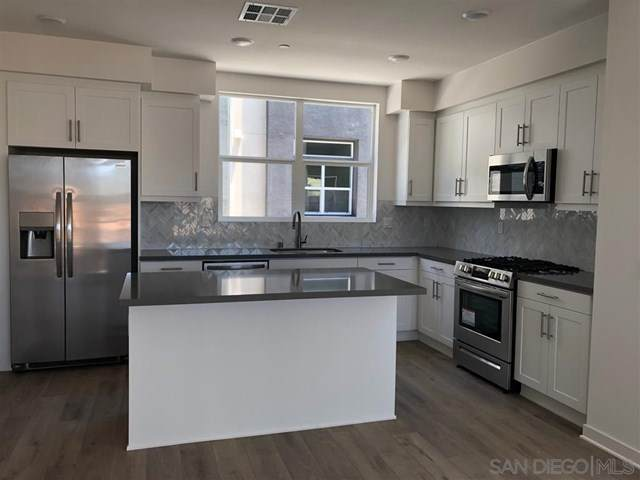 10462 Harlow Circle #20, San Diego, CA 92108 (#200031169) :: Mark Nazzal Real Estate Group