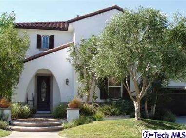 29131 Starwood Place, Saugus, CA 91390 (#320002247) :: Mark Nazzal Real Estate Group