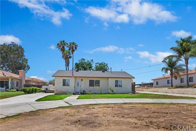 6711 Hillside Avenue, Riverside, CA 92504 (#NP20130493) :: The Costantino Group | Cal American Homes and Realty