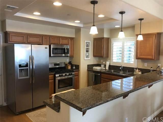 1510 Orange Avenue #406, Redlands, CA 92373 (#CV20128868) :: A|G Amaya Group Real Estate