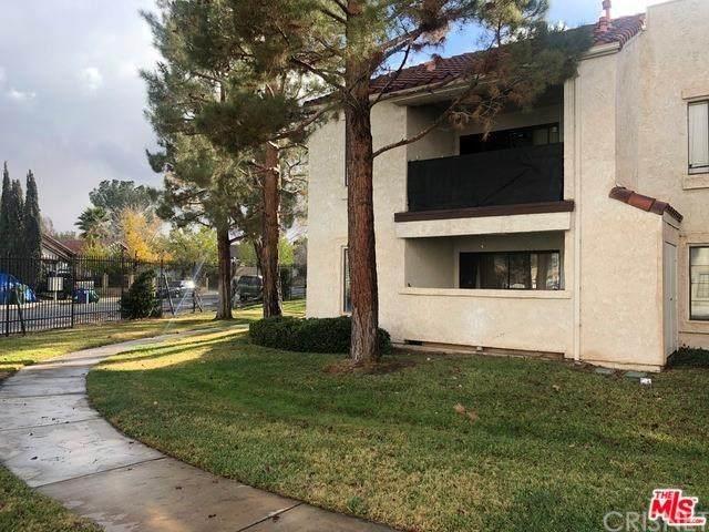 2554 Olive Drive #172, Palmdale, CA 93550 (#SR20131483) :: A|G Amaya Group Real Estate