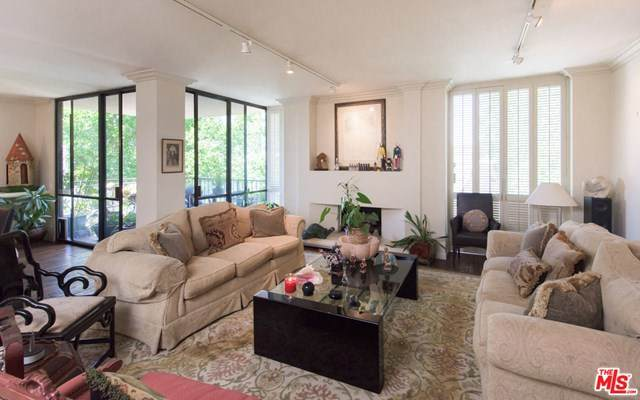 211 S Spalding Drive N304, Beverly Hills, CA 90212 (#20600034) :: Sperry Residential Group