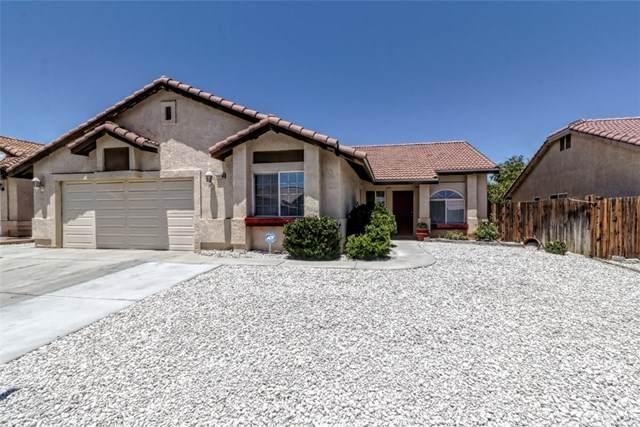 14950 Flagstaff Way, Victorville, CA 92394 (#OC20129629) :: eXp Realty of California Inc.