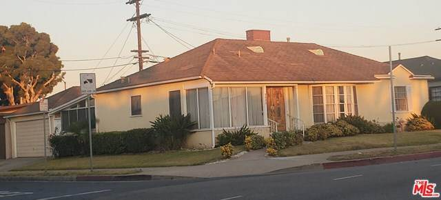 8800 S Van Ness Avenue, Los Angeles (City), CA 90047 (#20600274) :: Team Tami