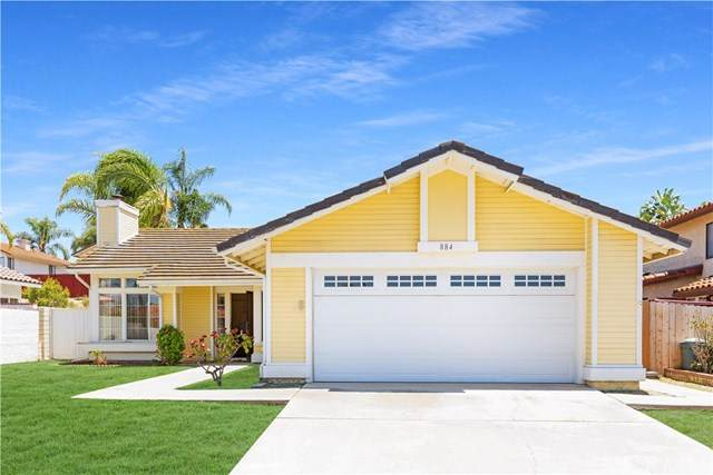 884 Glenwood Drive, Oceanside, CA 92057 (#PW20131468) :: Sperry Residential Group