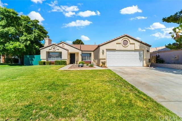 13186 Bennington Drive, Victorville, CA 92392 (#CV20132134) :: Cal American Realty