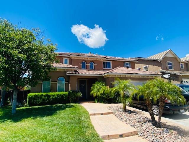 27509 Yellow Wood Way, Murrieta, CA 92562 (#DW20132179) :: Team Foote at Compass