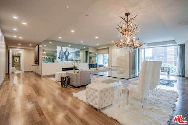 1 W Century Drive 4D, Los Angeles (City), CA 90067 (#20600026) :: Sperry Residential Group