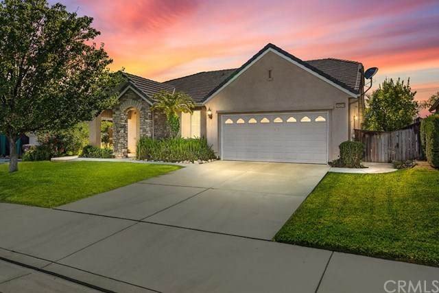 36289 Chittam Wood Place, Murrieta, CA 92562 (#SW20131539) :: Team Foote at Compass