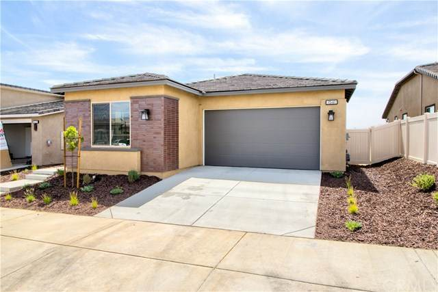 1541 Skystone Way, Beaumont, CA 92223 (#IV20132447) :: Wendy Rich-Soto and Associates