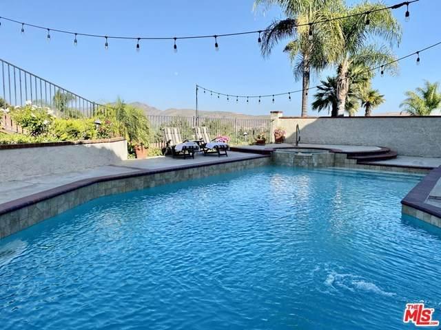 3188 Versaille Court, Thousand Oaks, CA 91362 (#20600388) :: The Miller Group
