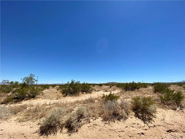 0 Booth, Landers, CA 92285 (#JT20132539) :: eXp Realty of California Inc.