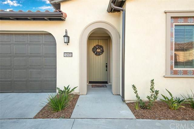 10955 Colima Court, Cypress, CA 90720 (#PW20101594) :: Team Foote at Compass