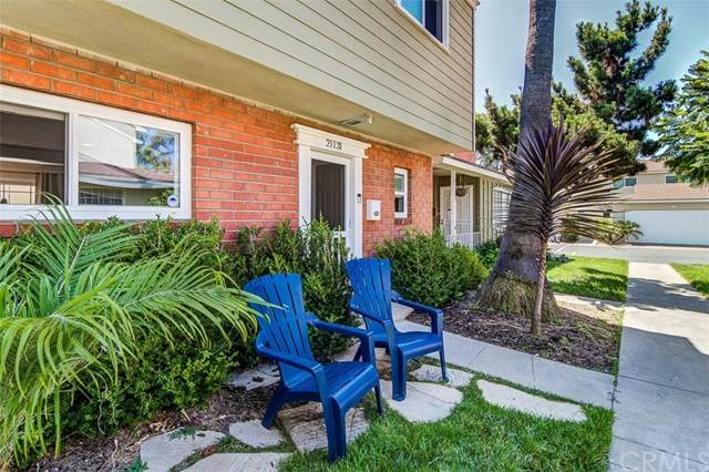 21131 Freeport Lane, Huntington Beach, CA 92646 (#OC20131952) :: Allison James Estates and Homes