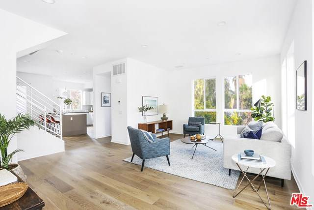 1338 N Sycamore Avenue, Hollywood, CA 90028 (#20595830) :: Sperry Residential Group