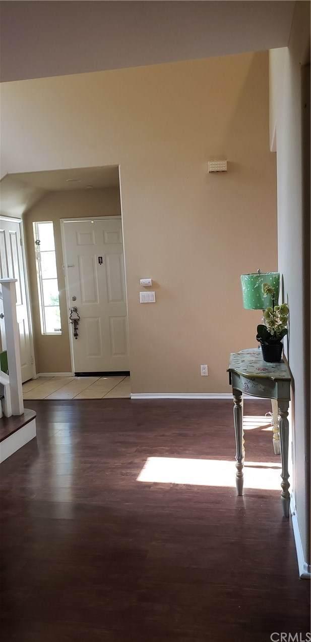 9162 Langdon Avenue, North Hills, CA 91343 (#DW20130157) :: Better Living SoCal