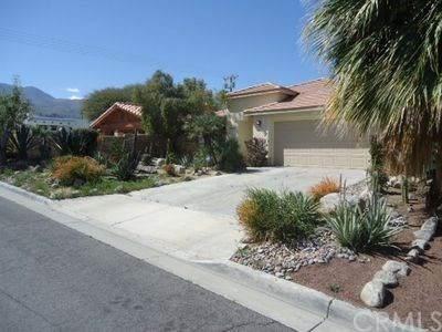 53725 Avenida Martinez, La Quinta, CA 92253 (#IG20133333) :: The Najar Group