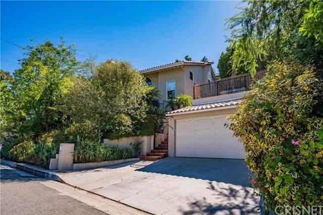 14994 Valley Vista Boulevard, Sherman Oaks, CA 91403 (#SR20121145) :: The Brad Korb Real Estate Group