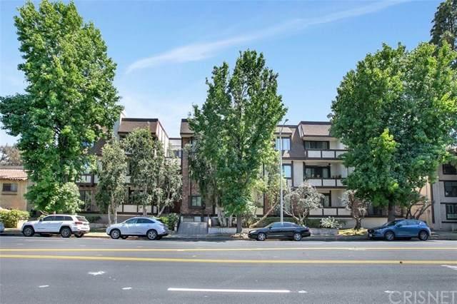 10310 Riverside Drive #201, Toluca Lake, CA 91602 (#SR20118209) :: RE/MAX Masters