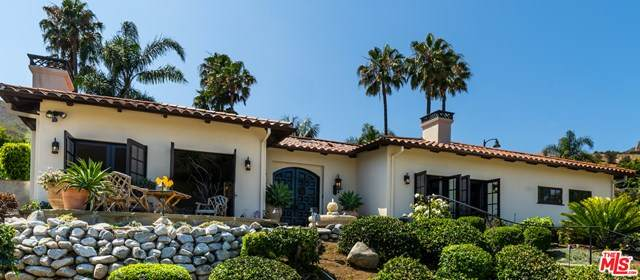 3535 Malibu Country Drive, Malibu, CA 90265 (#20600500) :: The Ashley Cooper Team