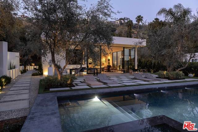 1731 Rising Glen Road, Los Angeles (City), CA 90069 (#20601546) :: Team Tami